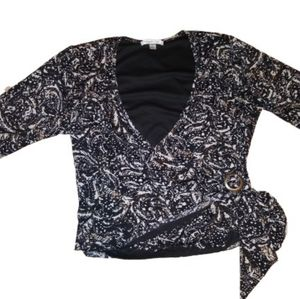 V-neck wrap blouse, excellent used condition